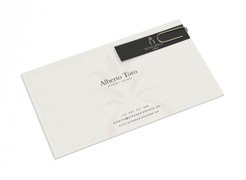 Free Business Card and a Clip Mockup